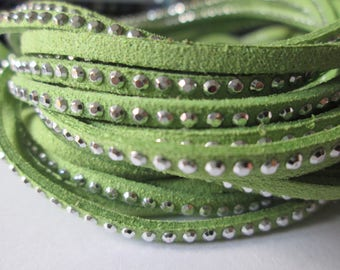 1 m of green suede cord 3 mm silver rivets