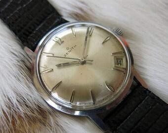 Vintage ZENITH men's watch with date, manual winding 2552C caliber serviced - Montre homme vintage ZENITH avec date, calibre 2552C révisé