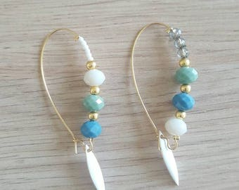 Trendy mismatched earrings