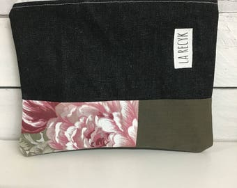 Small pouch, cosmetics, black, floral