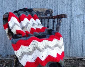 Vintage Style Ripple Pattern Crochet Blanket