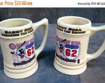 Lot of 2 Sammy Sosa Breaking the Record 1998 Home Run History Mug Stein