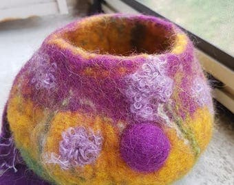 Pot in orange and purple felted wool
