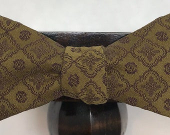 Patterned Men's bow tie, self-tie handmade and adjustable from upcycled and repurposed material  // geometric // ReTied