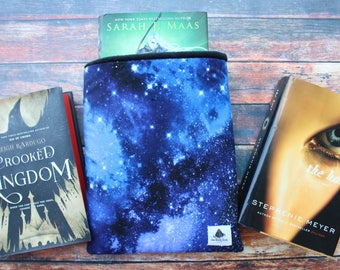 Maasive Size, Night Court, ACOTAR, ACOWAR, ACOMAF, Sarah Maas, A Court of Thorns and Roses, Book Sleeve, Book Cozy, Book Buddy, Book Cloak
