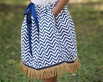 Toddler's Fringed Skirt and Bow Set