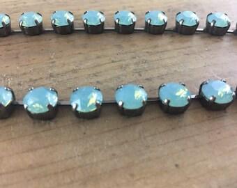 8.5mm Pacific Opal Swarovski Crystal Half Choker in Hematite