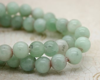 "Jade Smooth Round Gemstone 8mm 10mm Beads (8"" strand - 2.5 mm hole)"