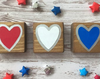 PINK ROBYN DECOR Independence Day Ultra Mini Wood Signs (set of three)