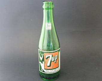 Vintage 7up glass bottle, swimsuit girl 7up bottle, green glass, collectible glass, soda bottle, vintage soda bottle, retro 7up bottle, soda