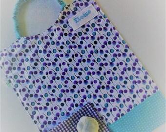 Serviette a élastique,serviette de table,personnalisable,serviette de cantine,fille , coton  .tons turquoises et violets .