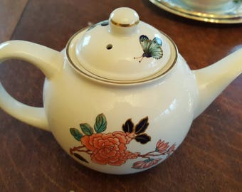 Pretty James Kent Old Foley Eastern Glory Teapot #tea for one or two