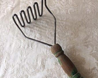 Vintage Green Handled Potato Masher Vintage Kitchen Decor Vintage Kitchen Utensil