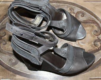 Platform Sandals Comptoir des Cotonniers size 37 grey leather