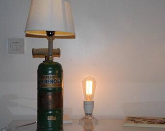 "IOTA.4 spray ""Fix it up"" table lamp"