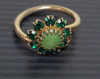 Vintage Green Flower Ring
