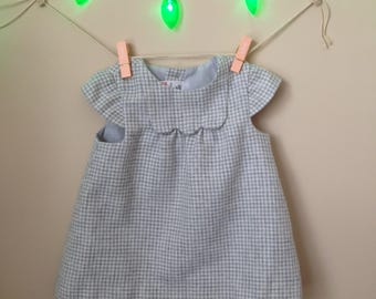 Vtg Baby Zara Brand Mod 60s Inspired Houndstooth Shift Dress with Short Cap Sleeves and Scalloped Collar - Size 3 to 6 Months