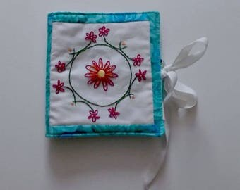 Embroidered Needle Case, Patchwork and Embroidered Needle Case, Needle Book, Needlecase, Patchwork Needle Case, Needle Case with Felt Pages