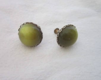 Vintage Retro Olive Green Screw Back Earrings