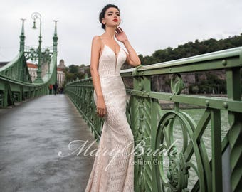 Budapest- Evening dress V-043
