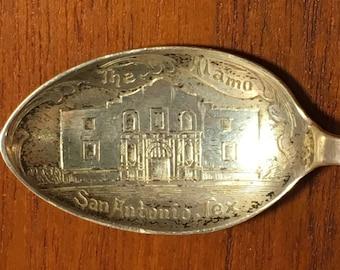 """Vintage Sterling Silver """"The Alamo"""" San Antonio, Texas Collectible Spoon"""