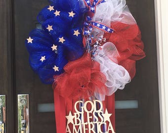Wreaths for 4th of July!  Everyone must buy to celebrate our Independence. #freedom #usa #independence #love #wreath
