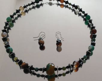 Necklace with brown/green Agate