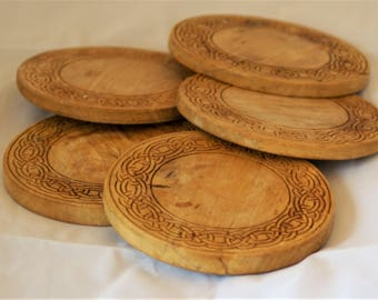 Drinks mats, spalted beech with Celtic design, set of 6