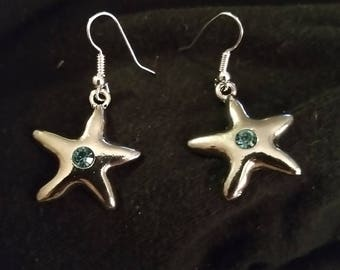 Silver tone starfish earrings