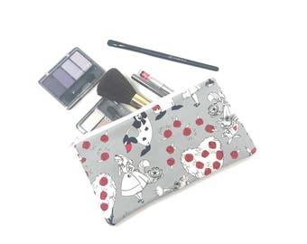 Cosmetic Bag, Makeup Brush Holder, Make-up Bag, Makeup Bag, Pencil Case, Makeup Organizer, Makeup Organizers, Pouch, Alice in Wonderland