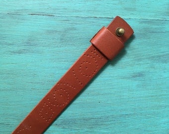 Vegtan leather NATO/ZULU/G10 watch strap with broguing