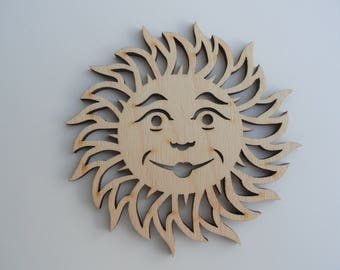 Smiling sun wooden decoration. Ref # 04-012.
