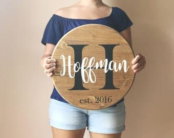 Last Name Circle - Last name sign - Wood circle - Custom wood signs - Wedding Gift - Housewarming Gift - Farmhouse sign