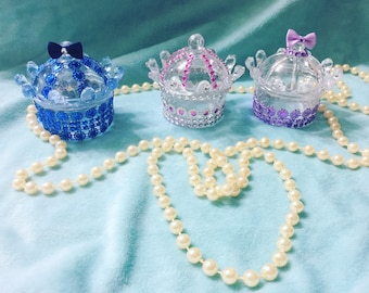 Cronws for Baby shower or Birthdays favors for you prince or princess