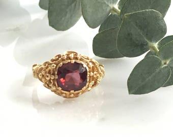 Vintage Victorian 14K Garnet Ring