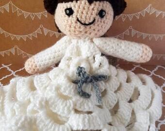 Princess Leia amigurumi blanket doll