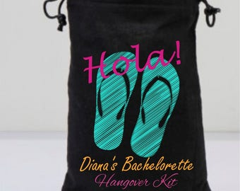 Black Bachelorette Favor Bags, Flip Flops Bags, Green Flip Flops, Black Drawstring Bags, Personalized Party Gifts, Hola, Hangover Kit