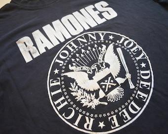 Vintage Ramones t-shirt VERY RARE
