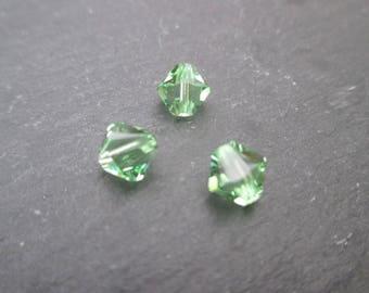 Bicone Crystal peridot green Swarovski 6 mm: 4 beads