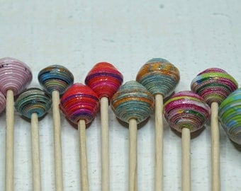 """Reduced price for 1 set of 14 handmade paper beads, """"Set 33"""""""