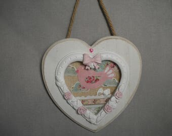 WOODEN HEART FRAME HAS HANGING ROMANTIC
