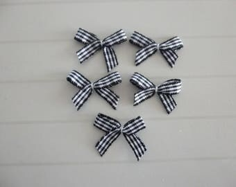 Set of 5 appliques black and white gingham bows