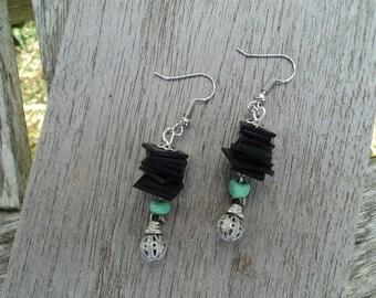 Stud Earrings in inner inner and beads and green - dangle earrings - fancy earrings - upcycling