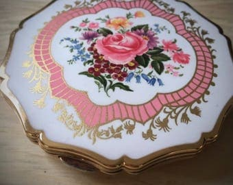 Vintage 1940s/50s floral Stratton Compact