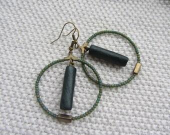 Art deco green Emerald iridescent seed bead hoop earrings, polymer clay and bronze metal