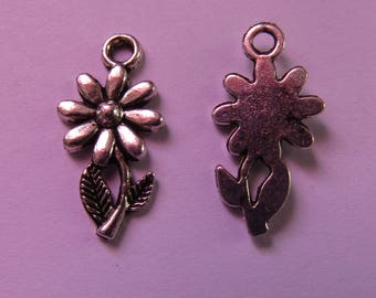 2 silver charms flower 20mmx10mm