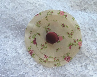Flower 9 cm in beige and Burgundy cotton fabric
