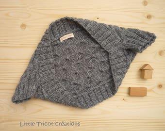 Burp dancer (4/5 years) grey. Handmade wool
