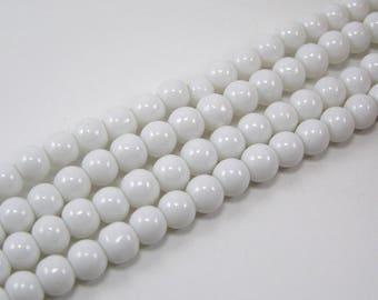 Set of 20 6 mm glass beads brilliant white M
