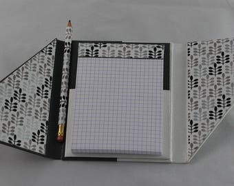 Wearing notebook refillable notebook in cardboard (diagonally)